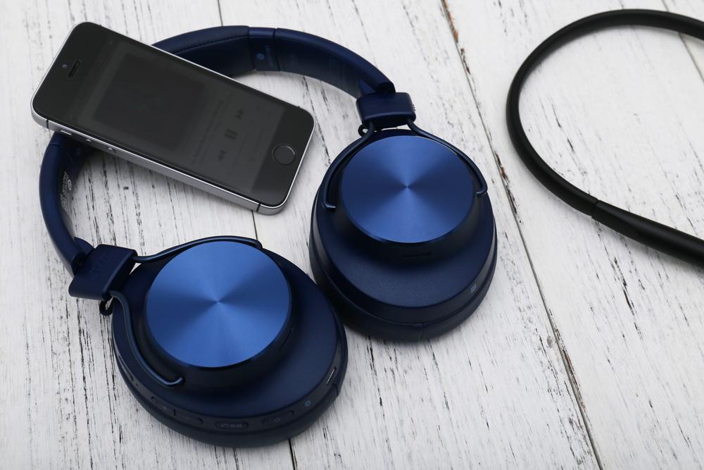 JVC 两款无线耳机:SD70BT & FD70BT